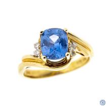 Elegant 14kt Yellow Gold Pale Sapphire Ring