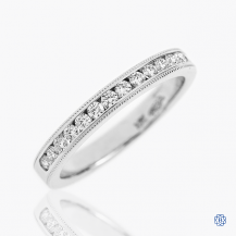 Hearts on Fire 18k gold and diamond band