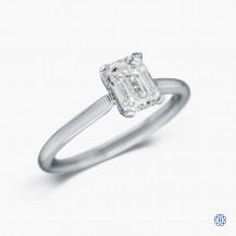 18kt white gold 1.02ct maple leaf diamond engagement ring