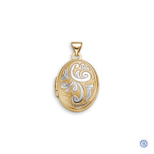 Bella Sentiments 10kt Gold Oval Locket