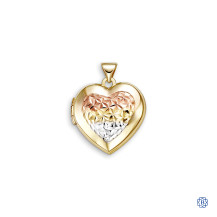 Bella Sentiments 10kt Gold Heart Locket