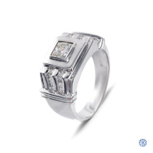 18kt white gold diamond gentleman's ring