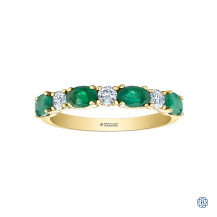 14kt Yellow Gold Emerald And Maple Leaf Diamond Ring